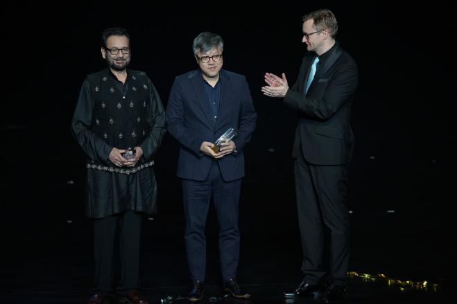 第二届澳门国际影展盛大开幕 鹰眼杨千嬅陈冲出席